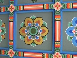 Bongeunsa portal roof