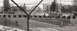 Nomansland, Berlin Wall